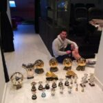 Gerard Pique shows his shirt collection, John Terry shows his trophies