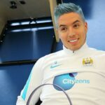 Samir Nasri has lost his mind and dyed his hair blue