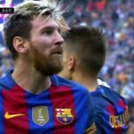Valencia fans throw stuff at Barcelona players, Leo Messi rages