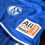 Schalke fans now able to pay for food and beer with their shirt