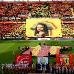 Lens supporters display banner urging Mona Lisa loan move