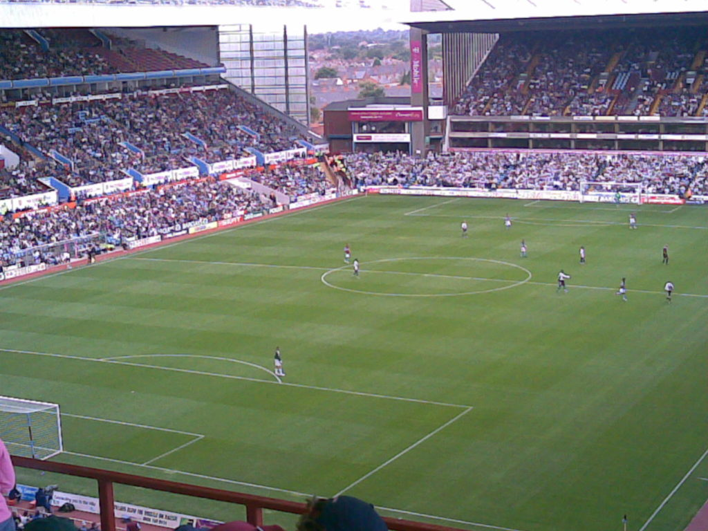 Villa_Park_28Holte_End_Higher29.jpg